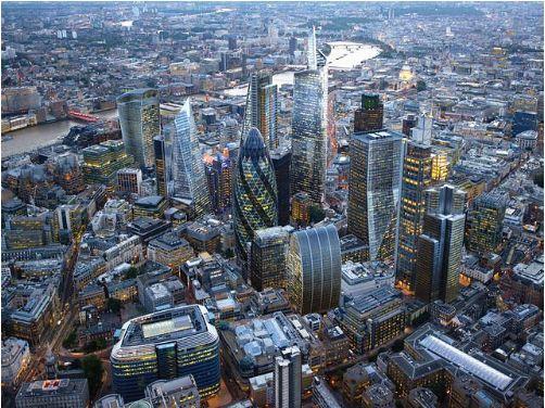 英国脱欧期限逼近,伦敦金融城严阵以待,禁员工请教