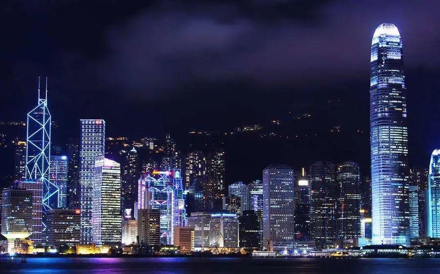 香港 IPO 市场(2020年前七个月):上市 88 家,募资 1,321.42 亿港元